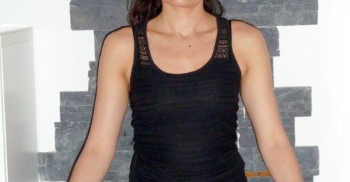 Inés Ortiz - Profesora Yoga - Meditando